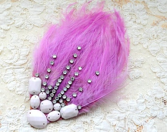 Vintage millinery feather/Lilac color/vintage rhinestones/Milk beads/Flapper style