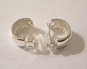 Half Hoop Clip On Earrings Silver Tone Plated Vintage Small Wide Curved Band Smooth Mirror Finish