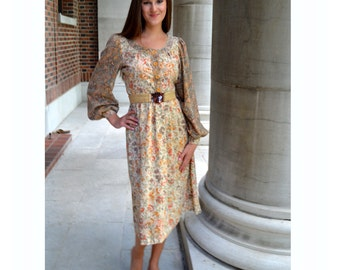 Romantic Floral Print Dress, Foxy Lady, Vintage 1970s Size Small
