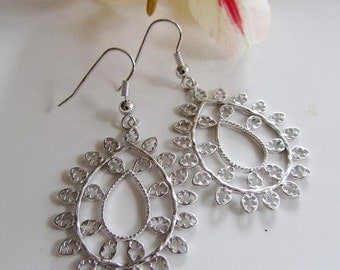 Silver Flower Filigree Earrings, Teardrop Filigree, Weddings, Everyday Wear