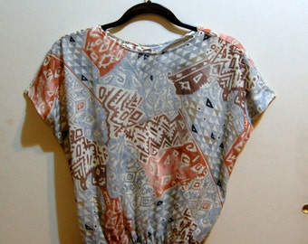 S/M Vintage 80s Blue, Beige, and Red Batwing Shirt