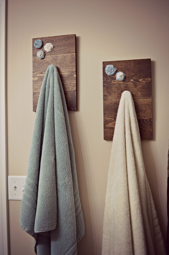 rustic hand bath towel holder by sugarnspicetutubouti on etsy
