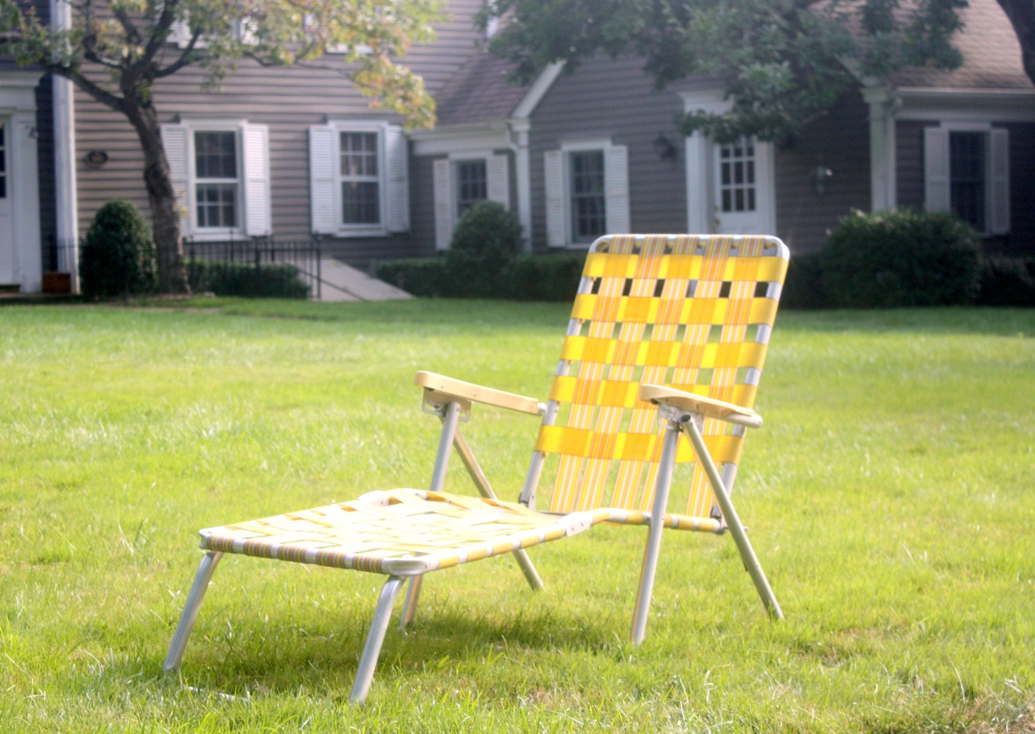 Vintage aluminum folding chaise lounge chair retro yellow - Folding outdoor chaise lounge ...
