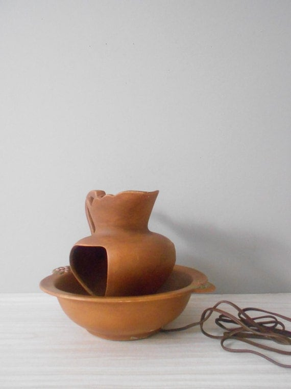 mid century country style bowl and pitcher ceramic lamp // pottery