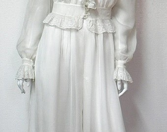 1940s Vintage Sheer Rayon & Lace Dressing Gown