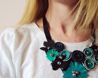 Emerald Green Leather Bib Necklace, Leather Flowers, Statement Necklace, Leather Jewelry, Evening Necklace, Eco Friendly