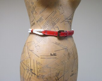 Vintage 1970s Belt / 70s Red Leather White Rope Belt / Small