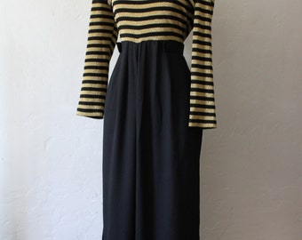 Queen Bee - Fabulous Vintage Black and Gold Wide legged Jumpsuit - Size 4