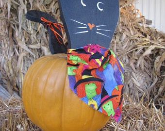 Wooden Black Cat Pumpkin Pick