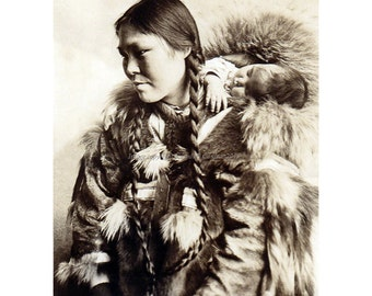 Indian Mother Greeting Card  - Inuit Woman with Baby Repro from RPPC