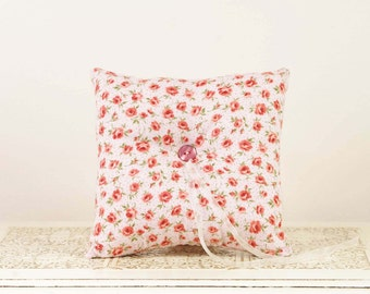 Vintage Style Ring Bearer Pillow - White with Pink Rosebuds
