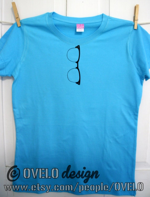 Horn Rimmed Nerdy Glasses Mens/Unisex T shirt Pictured on Turquoise