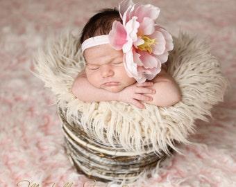 Big Light Pink Rose Flower Headband Photo Prop Baby Baby Skinny Elastic. Flower headband. newborn photography Photo prop. baby headbands