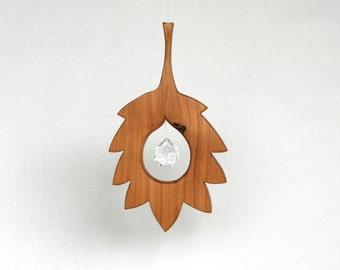 Wood and Crystal Suncatcher - Home Decor - Rainbow- Leaf wooden ornament- Fall