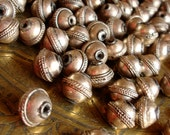 Moroccan tarnished light coppery golden colour ornate round bead (code5)