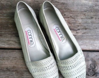 Ladies Vintage Woven Pumps Size 8AA Made By Connie