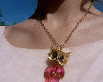 Owl necklace (Vintage Pink owl necklace)