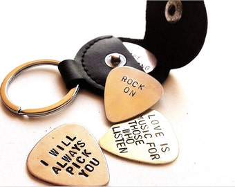 personalized guitar pick - custom guitar pick holder leather key chain - gift for him, mens gift, man, dad, brother, fathers day keychain