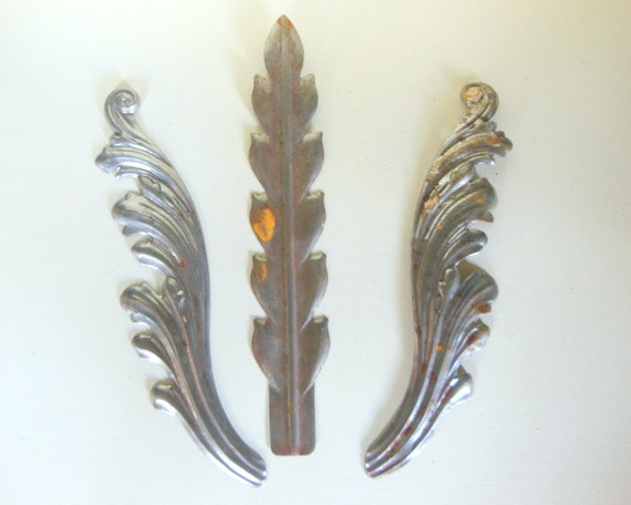 Old Steel Leaf  Patterns (3 pc)