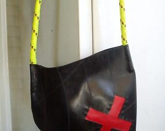 X - RED innertube / inner tube rubber messenger bag