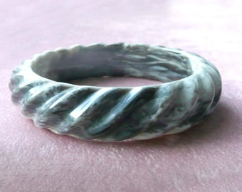 Marbled Lucite Bangle Bracelet Black Grey White Swirled Retro