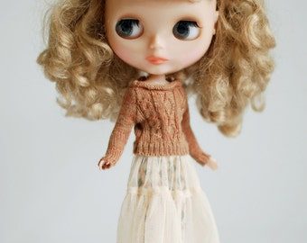 Miss yo Sweater Yarn Dress for Blythe doll - doll outfit - light brown
