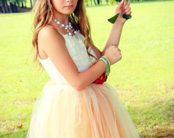 Teen Bridesmaids Modest Tulle Formal Gown with Lace Collar Sizes 4-20.