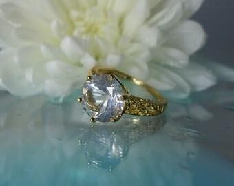 White Gemstone Gold Ring, White Gemstone Yellow Ring, White Gemstone Yellow Gold Ring, Natural Herkimer Diamond, Diamond Alternative,
