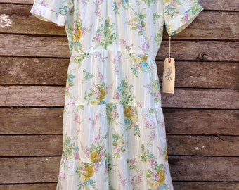 1950's Handmade soft green floral Dress