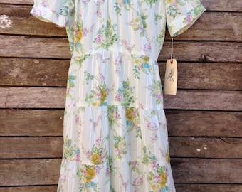 1950's Handmade soft green floral Dress