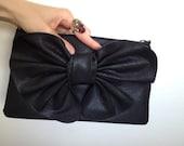 SUPER SALE - vintage 80's clutch purse with bow - black