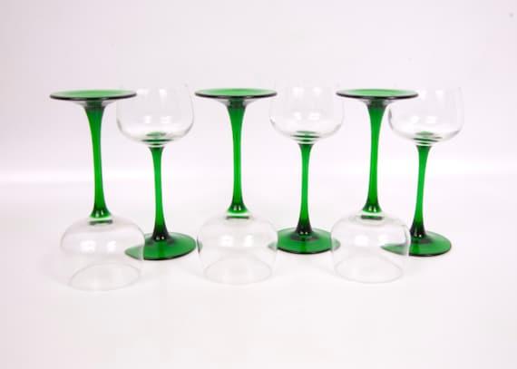 vintage emerald green stem wine glasses made in france long. Black Bedroom Furniture Sets. Home Design Ideas