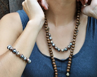 WOODEN BEADED PEARL set