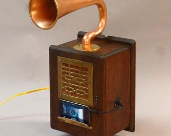 Hanging Steampunk iPod/MP3 Speaker