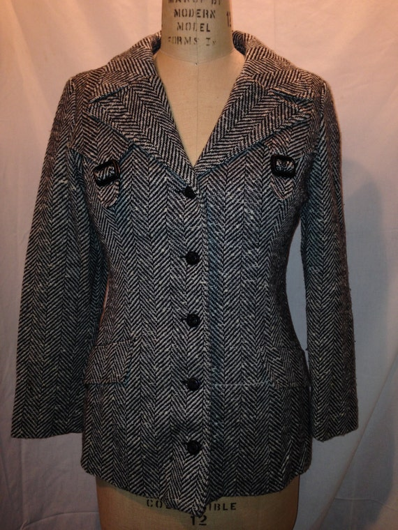Womens 60s Black and White Herringbone Jacket By College Town 1970s c0