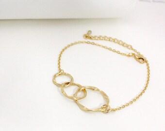 Eternity Circle bracelet, eternity love triple circle, Infinity, Infinity love bracelet, cascading twisted rings,Wedding, Bridesmaid gift