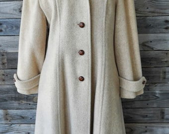 Vintage Beige Winter Coat with Pink Lining