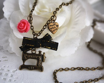 sewing machine charm necklace, vintage retro love to sew rose flower heart handcraft lover charm bronze jewellery accessory gift box