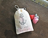 Personalized wedding favor bags, 3x4.5. Set of 25 double drawstring muslin bags. Vintage style anchor with custom initials and wedding date.
