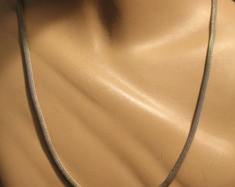 SALE! 1980s Snake Chain Necklace Vintage