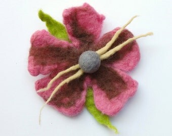 Felt flower brooch, handfelted item, colors: pink, brown and green, nice valentine gift, felt flower hair clip, gift for her, corsage
