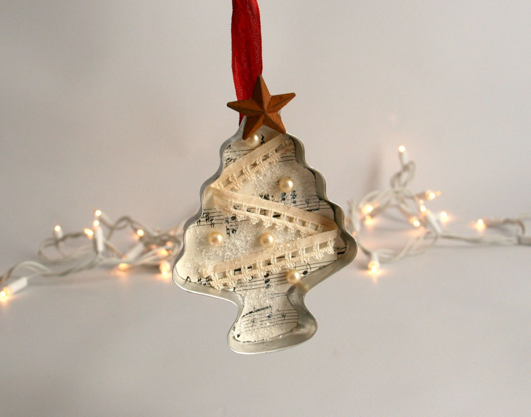 Cookie cutter christmas ornament tree vintage by