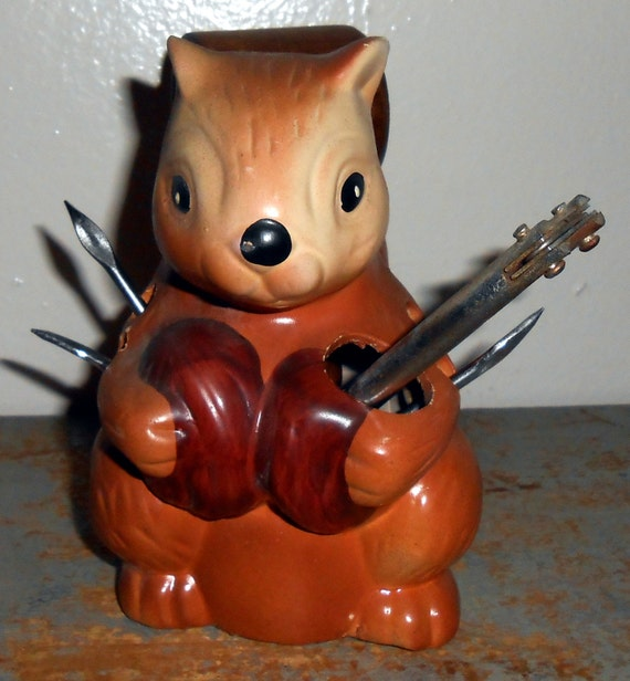 Vintage nut cracker squirrel nut cracker set ceramic - Squirrel nut crackers ...