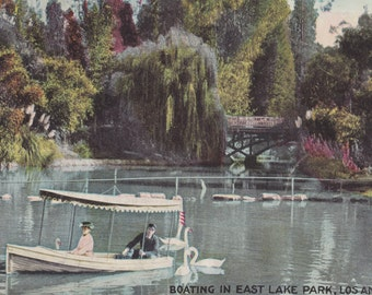 Los ANGLES, CALIFORNIA - Boating in East LAKE Park, Vintage Used Postcard, Waco, Texas, Tornados, 1950s, Newman Post Card Co.