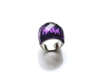 Stunning amethyst gemstone ring on a dome design. Fashion cocktail ring.