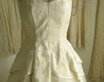 REDUCED Tulle and Brocade Sweetheart Wedding/Bridal Dress with Sequin Trim and Very Full Skirt