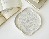 Flora & Fauna Tray in dove gray. Tray with vintage bird design.
