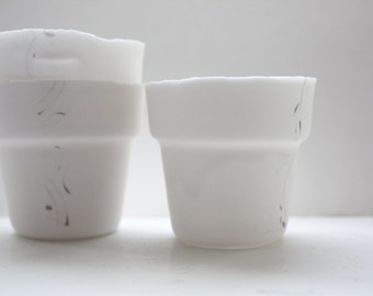 Small pot. Pure white fine bone china planter with a strip of black strokes