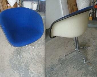 EAMES LA FONDA Alexander Girard Blue fabric on parchment fiberglass original vintage Herman Miller collectible chair La Fonda del Sol Rare