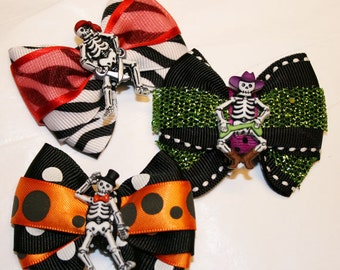 Skeleton Mini Halloween Bow